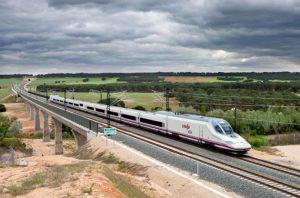 AVE-Madrid-Valencia-S-112-770x509